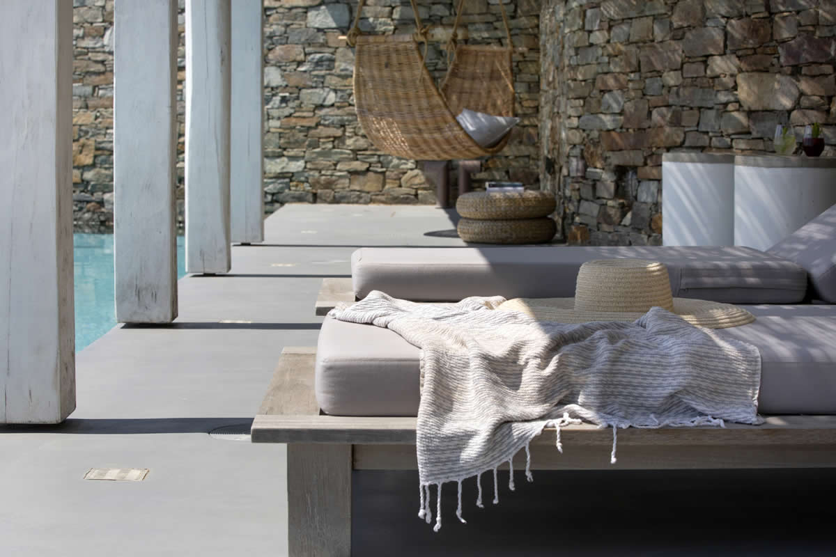 """Villa """"Y"""" offers the most relaxing and tranquil holiday experience. Nested in the village of Kardiani, at the south part of the island of Tinos and therefore protected from the north wind """"Aeolos"""""""